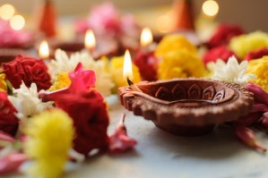 Diya Lamps With Flowers